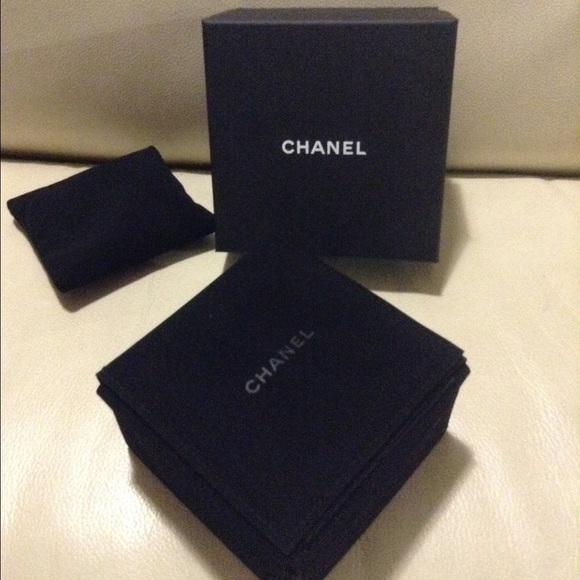 75 off CHANEL Accessories Authentic Jewelry Box Ring Necklace
