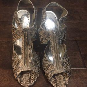 New! BCBGirls Snakeskin zip sandal size 10