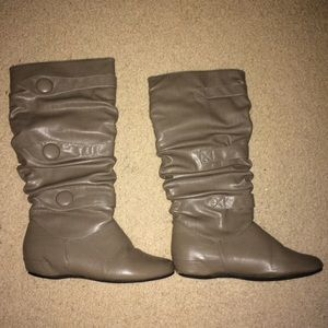 Taupe Slouchy Buttoned Knee-High Boots Sz 7