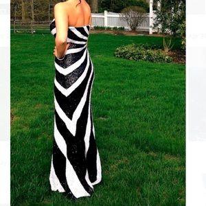 LA FEMME BLACK AND WHITE DRESS SIZE 4⚪️⚫️⚪️