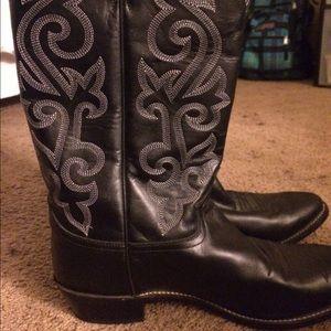 Other - Men's Cowboy Boots!