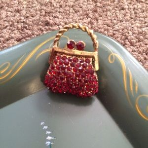 Jewelry - Vintage ruby brooch or Free with $25 purchase