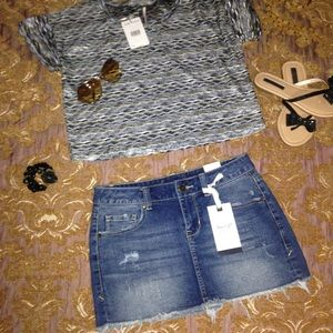 American Rag Dresses & Skirts - NWT Distressed denim skirt by American Rag size 1.