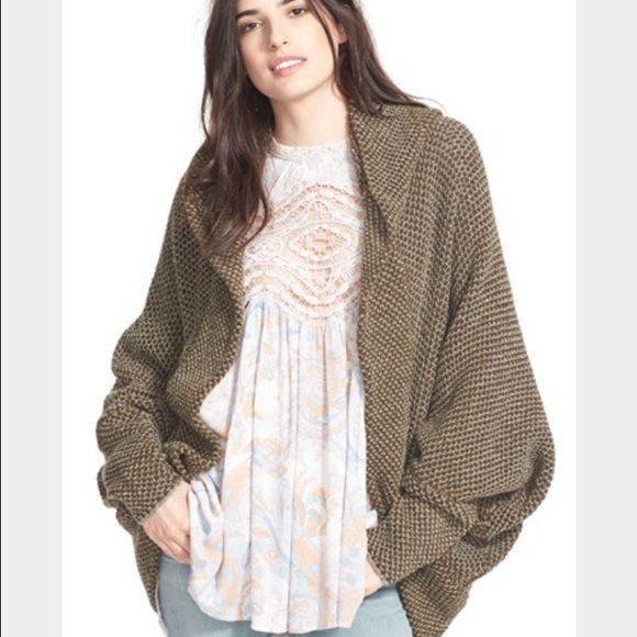 353adface27 Free People Sweaters - Free People Cocoon Cardigan  look alike  😻