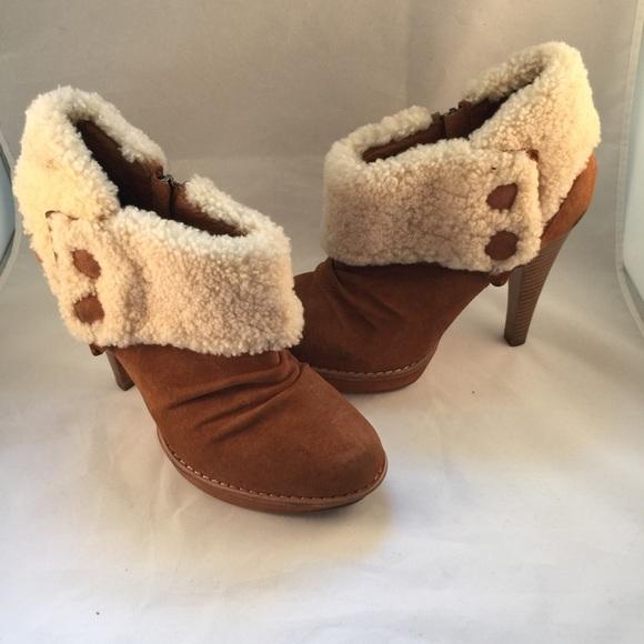 1fc458c48b5 Size 9 UGG Georgette Sheepskin Chestnut Bootie