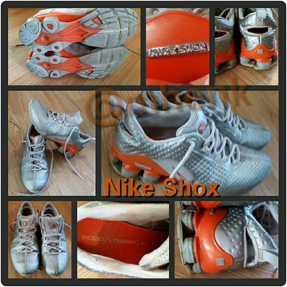 buy online 8edcd 0f163 Vintage Silver   Orange Nike Shox. M 56a52ffd99086a7c3a007715