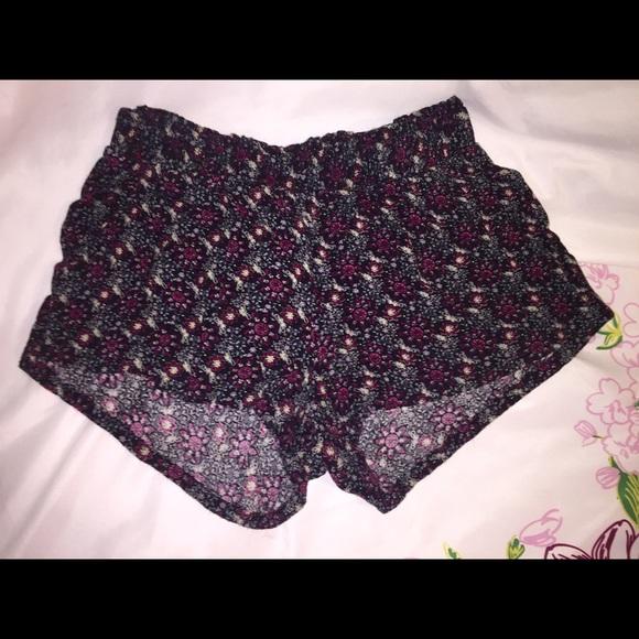 52% off Full Tilt Pants - Flowy patterned shorts from Jordyn's ...