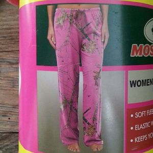 Mossy Oak camo pink fleece sleep pant
