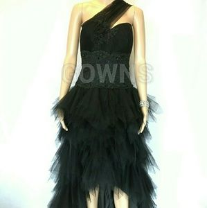 Gowns Dresses & Skirts - NEED 2 SELLChic, sequined evening gown.1 Available