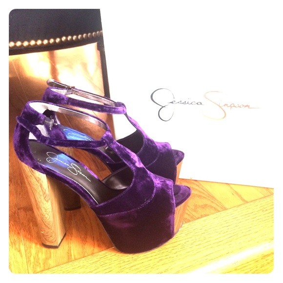 319a9f05e62 SOLD  DANY JESSICA SIMPSON PURPLE platform shoe 8