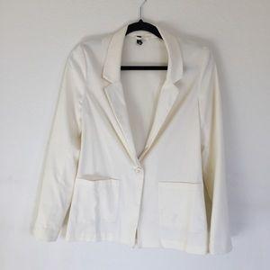 DIVIDED Creme blazer
