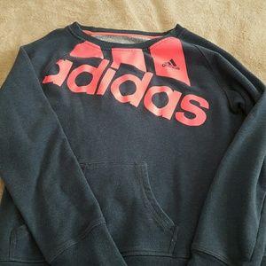 Adidas sweatshirt w front pockets