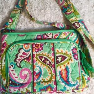 Like NEW! Vera Bradley Small Hipster