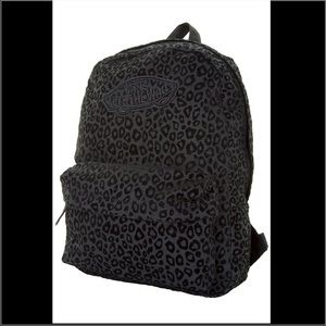 c423bd87b90 vans black leopard backpack sale   OFF43% Discounts