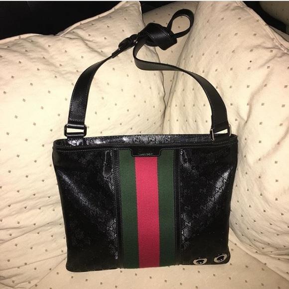0edfe567d3b189 Gucci Bags   Messenger Bag   Poshmark