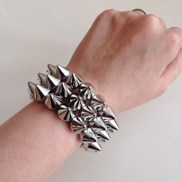 Jewelry - HALF OFF SALE | Silver Spike Cuff
