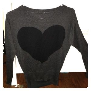 Tops - Warm gray long sleeve with black heart