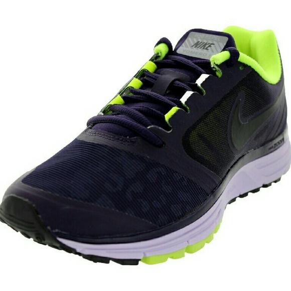 6a1ef176ba37 Women s Nike Zoom Vomero 8 Shield Running Shoes. M 56a5cbde13302a0a9a057b2f