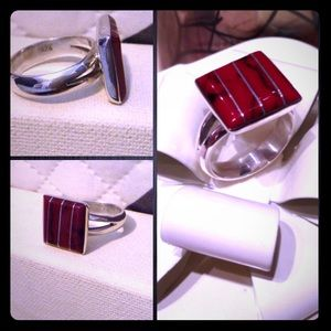 Jewelry - Gorgeous Sterling Sliver Ring