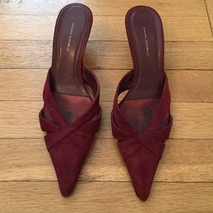 Banana Republic Suede Kitten Heel Shoes