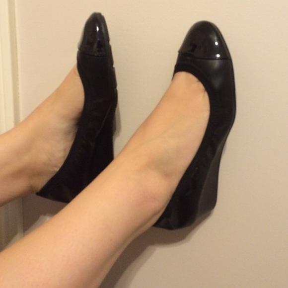 Dexflex Comfort Shoes Small Black Wedges Poshmark