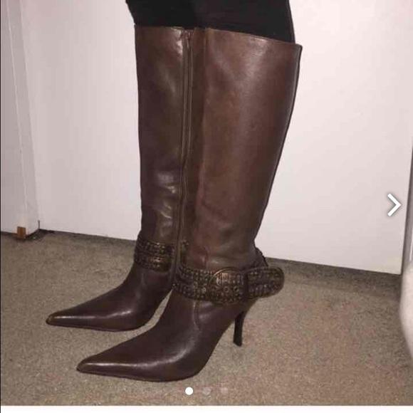 7c9d12b0578 🚨flash sale🚨Steve Madden heeled boots. M 56a655e4f0137dfec205dfb8