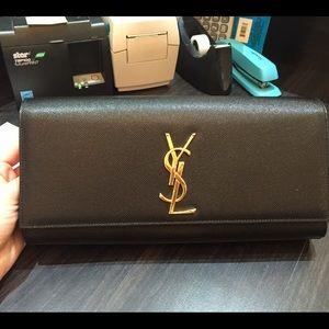 ysl patent clutch - 55% off Yves Saint Laurent Handbags - YSL BLACK LEATHER CLASSIC ...