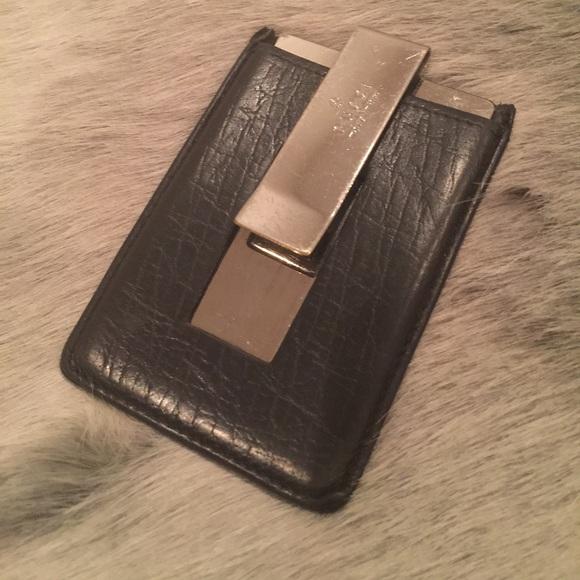 353a63a1d1 Gucci black leather money -clip/ c.c holder