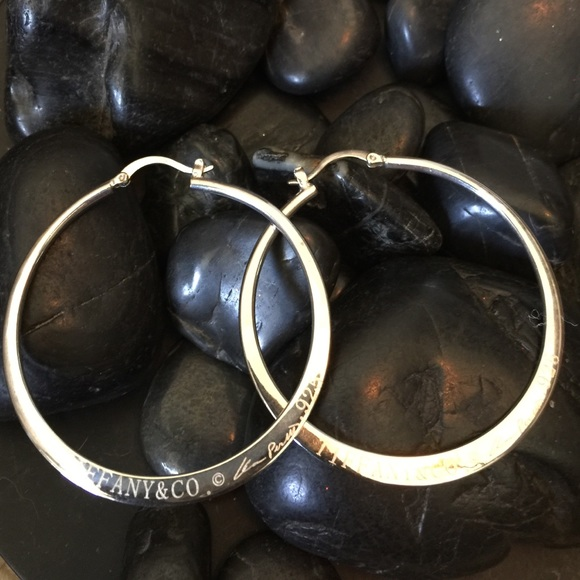 2872a4177 Rare Tiffany & Co. 925 Elsa Peretti Sterling Hoops.  M_56a67d2a44adbab6e7061198