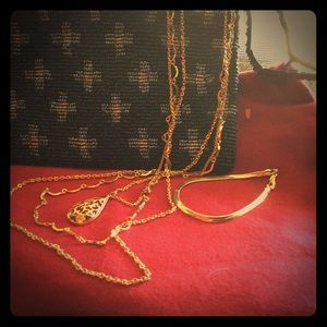 Jewelry - Vintage 3 Strand~Necklace~Tear-Drop & Bracelet 📿