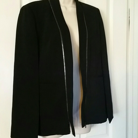 BOUTIQUE Jackets & Blazers - New Capelet boutique cape black blazer 4 black