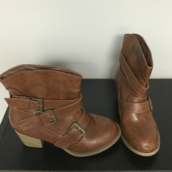 67 mudd shoes chunky brown boots from s