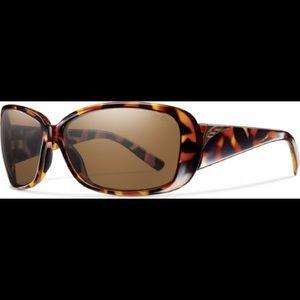 5dd0ff1eb9213 Accessories - Vintage Tortoise Smith Optics Shorewood Sunglasses
