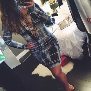 Tie Dye Criss Cross Front Long Sleeve Dress