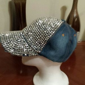 MAGID. HATS Accessories - JEAN HAT WITH STUDDING BRAND NEW 511a962c16c