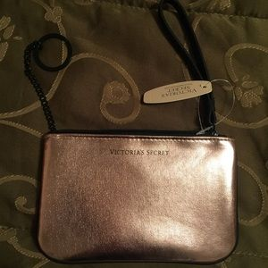 Handbags - Vs cute small wristlets