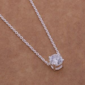 Jewelry - 👍Host Pick👍⚡️SALE⚡️Diamond + silver necklace