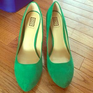 """Shoe dazzle 3"""" heels"""