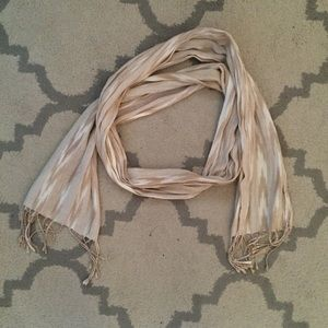 Forever 21 ikat cream and tan scarf