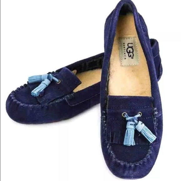 3fad06489d8 Ugg Australia Lizzy Womens Blue Peacoat Moccasin NWT