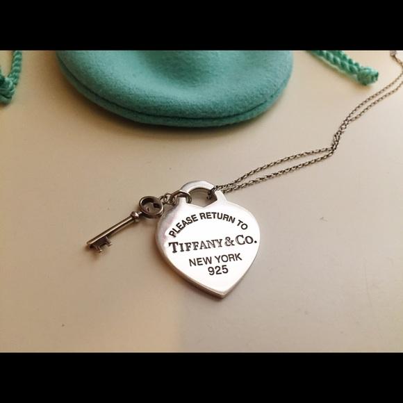 28a95ae3c769 Tiffany   Co. Sterling Silver Necklace. M 56a7aa742ba50adb9d0120fe