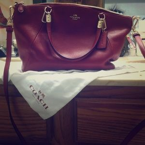 Coach hand/shoulder bag
