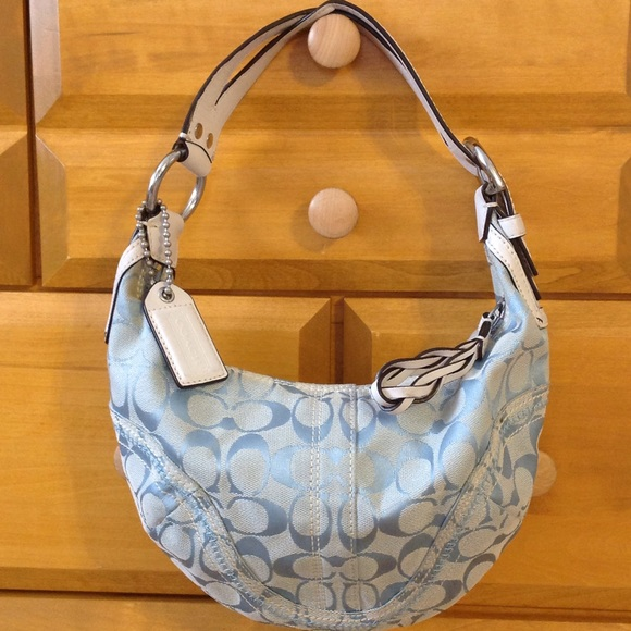 d2a5610100a6 ... ireland coach soho signature hobo bag bfdb1 50a18