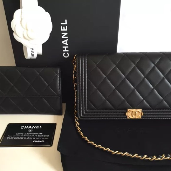 Chanel Chanel Boy Wallet On Removable Chain From Rustic