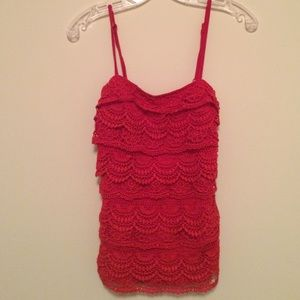 Tops - Doily Cover Patterned Tank (Size Small)