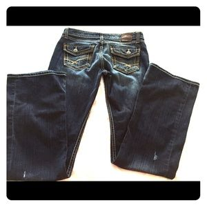 Buckle Denim Madison Jeans