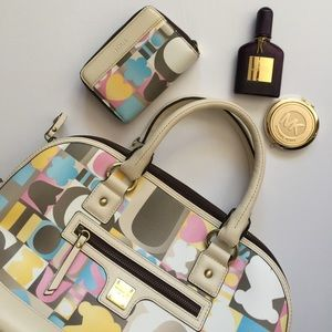 Tous Handbags - 🎀HP🎀TOUS Satchel and Wallet