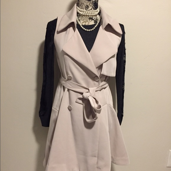 Chicwish Jackets & Blazers - Sleeveless trench coat.