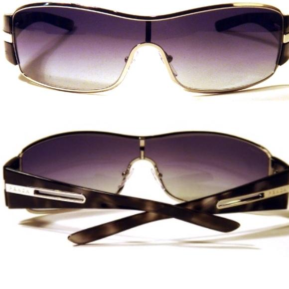 c3cd483e2ce ... netherlands like new prada spr 56h 1bc 5d1 sunglasses ec1d1 62c06