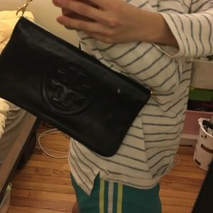 Tory Burch Bags - Tory Burch Bombe Fold-over clutch